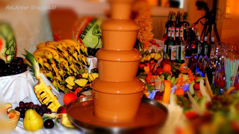 Owocowe dekoracje artur drapalski carving owocowy